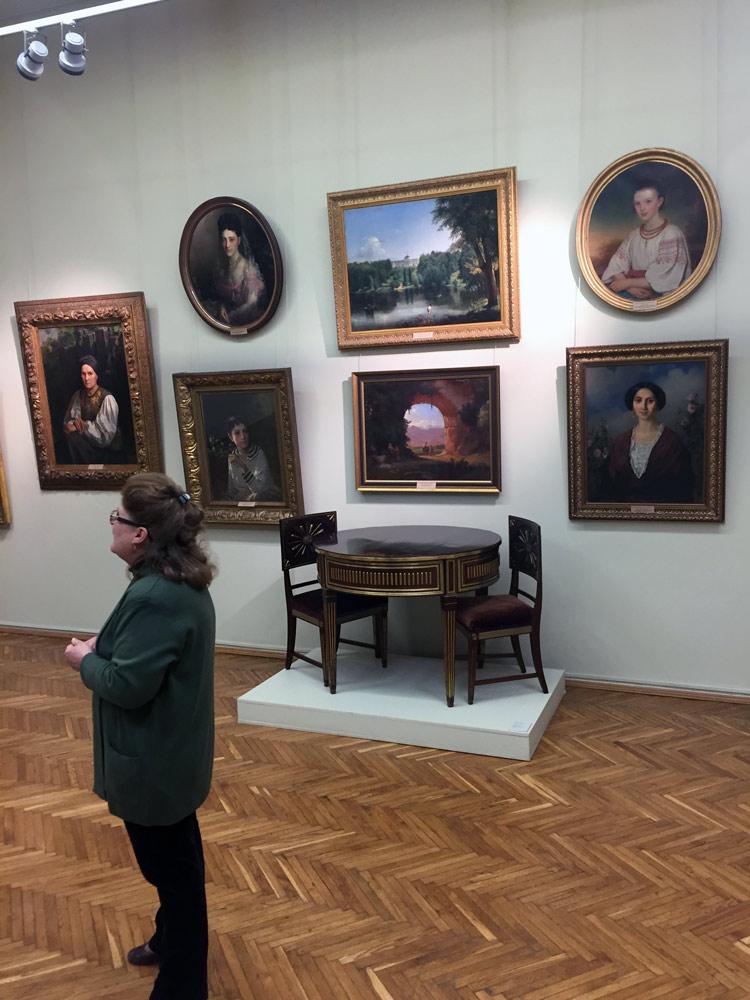 В залах Національного художнього музею